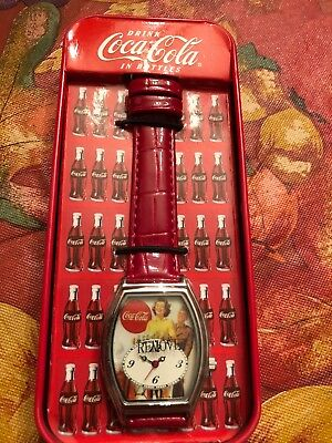 Vintage Collectible Coca Cola Watch with Vending Machine Tin F376191 M.Z. Berger