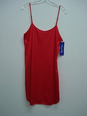 USA Made Nancy King Lingerie Soft Luster Nylon Chemise Gown Size Large Red #577Q
