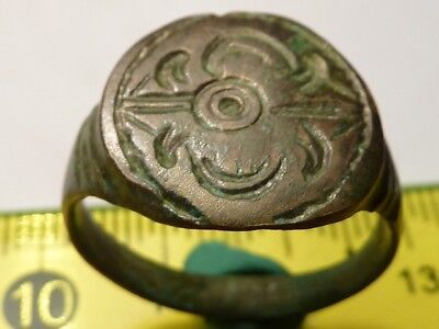 1350Ancient Roman bronze ring with decoration 19 mm.