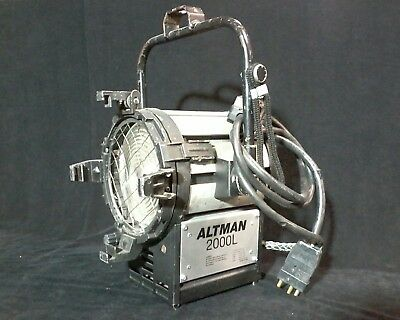 Altman 2000L fresnel light