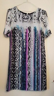 Ref 542 - MARKS & SPENCERS Ladies Womens Girls Lovely Colourful Dress Size 8