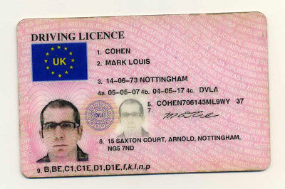 Passport Driver's Licence Reisepass Passeport Pasaporte Passaporto of UK