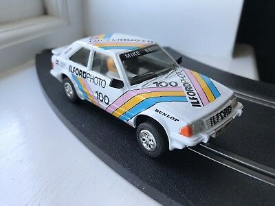 Scalextric Car Ford Escort XR3i White C389 Ilford Photos With Lights