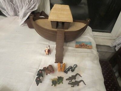 """ARCO Gasoline station premium NOAH""""S ARK with animals. Complete boat and Noah."""