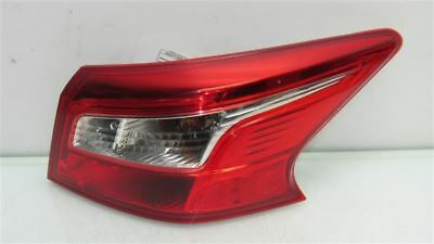 Nissan Sentra Tail Light Halogen Right Taillight Rh Oem 2016 2017 2018 2019