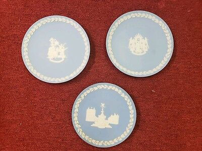 Lot of 3 WEDGWOOD Christmas Plates Jasperware #18