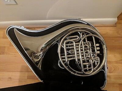 Holton Model H-179 Professional Double French Horn w / Case & Mouthpiece bach 7