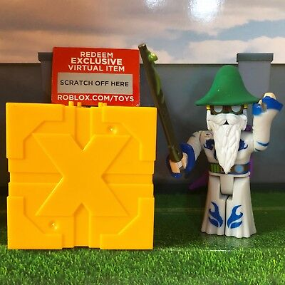 "Roblox LOTERMAN23 Series 4 5 Gold Blind Box 3"" Toys Packs+Unused Exclusive Codes"