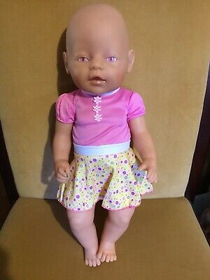 ZAPF Creations Drinking & Wetting Baby Born Doll 42cm Tall VGC
