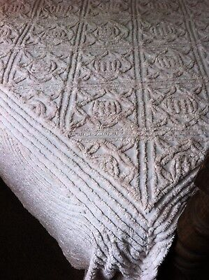 1950S Pinky White Cotton Chennille Bedspread, Double.