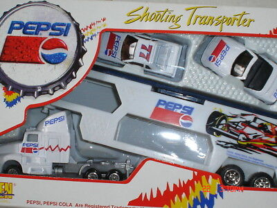 "GOLDEN 1/64 Scale ""Pepsi-Cola"" Transporter Diecast Metal NIB"