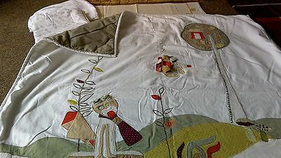 Mamas & Papas unisex cot cover & Matching pillow case, In Excellent condition.