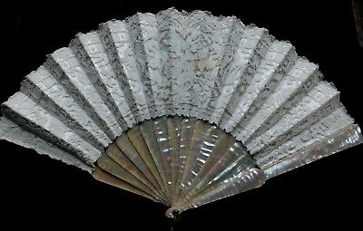Antique Brussels Lace And Mother Of Pearl Hand Fan, Lace On Satin Mount, 27.5 Cm