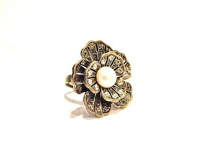 Woman's Vintage Adjustable Silver Flower Ring W/rhinestones & Faux Pearl-1Size