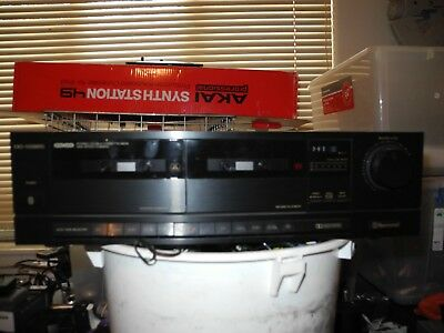 Sherwood tape deck. Black good condition, used.