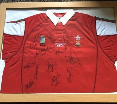 Wales Rugby Shirt signed by the 2003 World Cup Squad in Frame