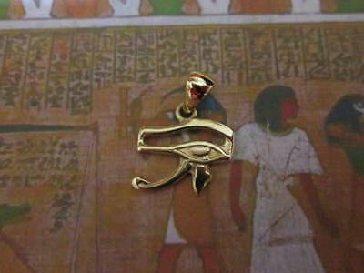 Eye of Horus Egyptian pendant made Yellow Gold 18 K- artisan product