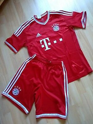 Adidas FC Bayern Munich Muller 25 Football Top Red And White Age 15 -16 years