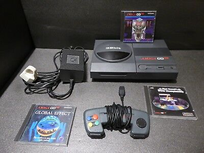 Amiga CD32 Bundle TESTED WORKING including controller and games