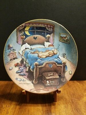 "The Golden Retriever ""Bed Hog"" Collector Plate by Gary Patterson Danbury Mint"