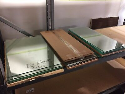 GLASS DISPLAY SHELVING - 20 clear glass in excellent condition. 600 x 280 x 5mm