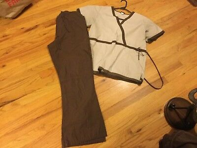 Women's Cherokee scrub outfit size M brown short sleeve