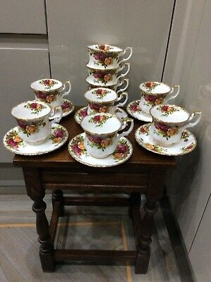 Royal Albert , Country Roses , 15 Pc, Coffee , Tea Cups & Saucers