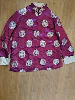 Authentic Chinese Embroidered Magenta Silk  Women's Robe Jacket From Hong Kong