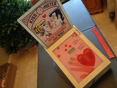 Vintage Mr Vend Kiss O Meter COIN OPERATED ARCADE MACHINE Display or Parts Only