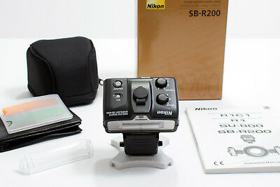 Nikon SB-R200 Wireless Remote Speedlight Shoe Mount Flash with Nikon filters