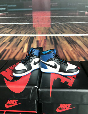 """1//6 Scale Male Sport Shoses Basketball Hollow Shoes 3 Style for 12/"""" Figure"""