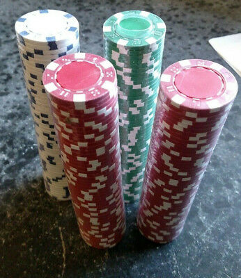 Lot set of 200 white red green poker chips clay 11.5g