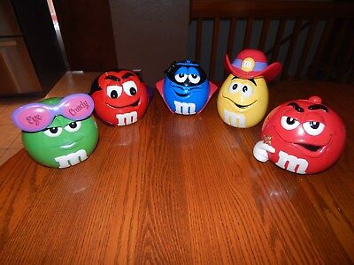 M & M Collectable Set of 5 Ceramic Candy Dishes, Galerie