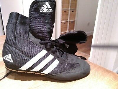 Boxing Boots Adidas Black Size 9 Excellent condition hardly worn check out pics
