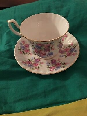 Royal Albert Flower Springtime Series Sweet Pea Tea Cup Saucer Set Vintage Gold