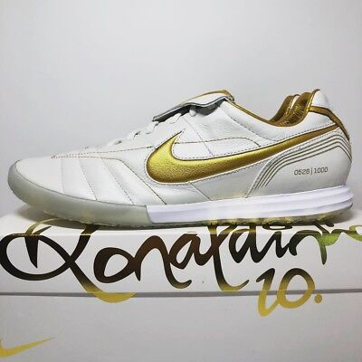 save off f5a27 42a42 NIKE R10 TIEMPO Legend 7 Elite Indoor Ronaldinho Cleats #526/1000 Size 11.5