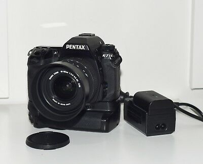 PENTAX K-7 SR 14.6MP D-SLR CAMERA BODY with Lens and Accessories