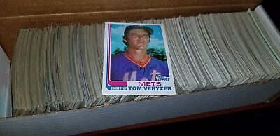 lot of (600) 1982 topps baseball cards with duplicates