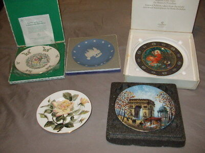 5 Collectors Plates incl Royal Crown Derby, Wedgwood, Royal Doulton, Heinrich