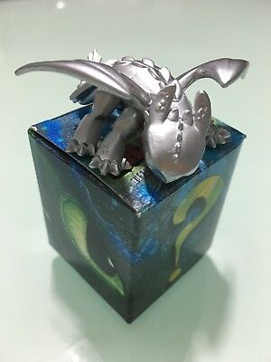 Toothless Metallic Silver. How to Train Your Dragon. Mystery Mini. Very Rare.