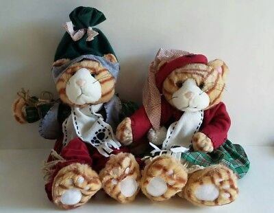 Christmas Cats Stuffed Play/Display Set By Tender Hearted Collectibles