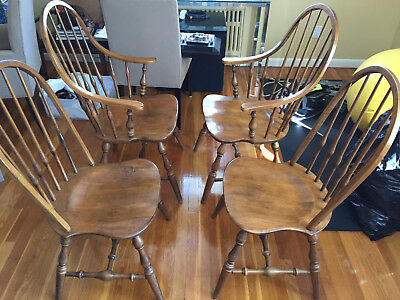 Ethan Allen Circa 1776 Maple Bowback Windsor Dining Room / Arm Chairs  Set of 4
