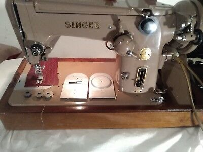 """Singer 306K Zigzag Machine ,see It On Youtube"""" Stunning""""and Pat Tested"""