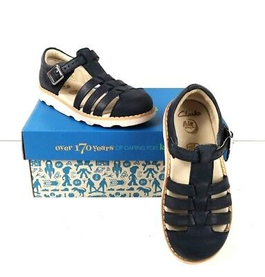f5e37c2e945fd CLARKS CROWN STEM Kids Infant Fisherman sandals navy size 9G ...