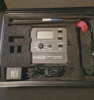 Omega Engineering / F.W. Bell 5070 Gaussmeter With Probe And Case Tesla Meter