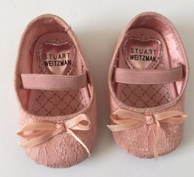 6d4efe45e72 STUART WEITZMAN BABY Shoes Size 1 Mary Jane Crib Shoes Pink Lace Bow ...