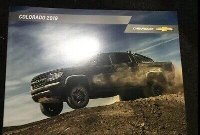 2019 CHEVY COLORADO 42-page Original Sales Brochure