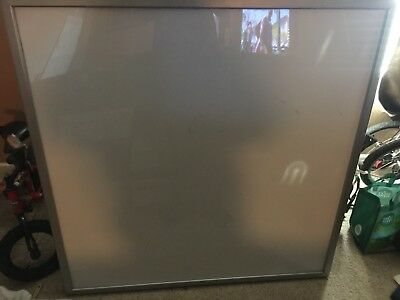 perfect condition 4'x4' light board