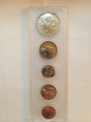 1969-D US Mint  Uncirculated 5 Coin Set In Case