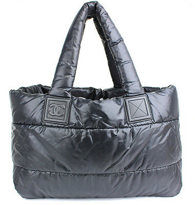 028dd429a23e CHANEL Coco Cocoon MM Black Quilted Nylon Tote Hand Bag  44221 from Japan